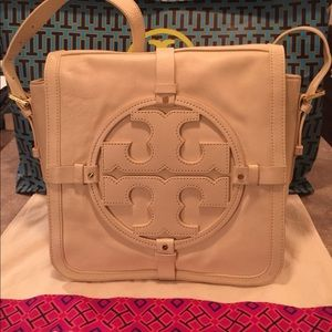 Tory Burch Ivory Leather Holly Messenger Bag
